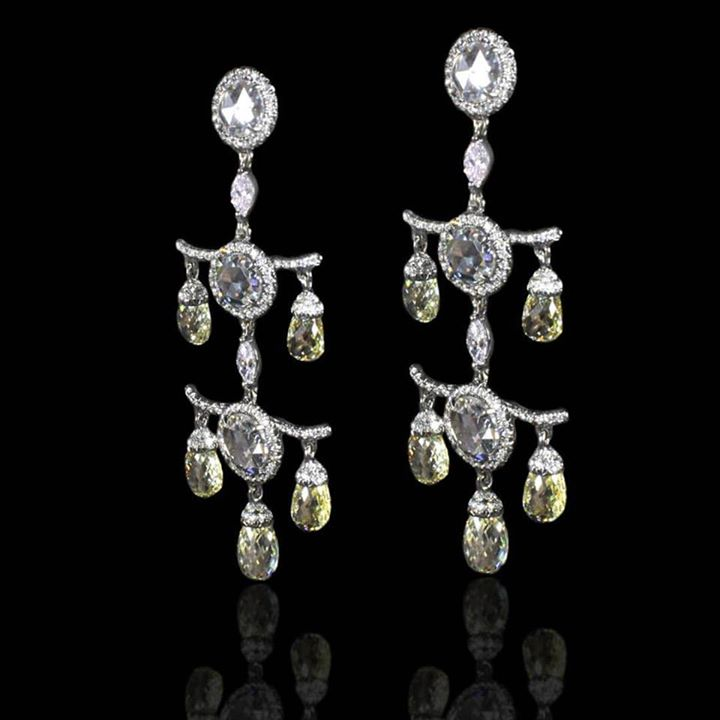 Diamonds earrings from our exclusive collection...